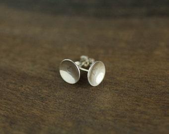 Silver heart pod earrings