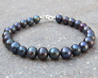 Large Pearl Bracelet