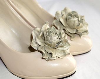 Genuine LEATHER SHOE CLIPS flowers, pearly beige floral shoe decoration, wedding bridal shoe jewelry | Handmade shoe jewellery, Ukranie