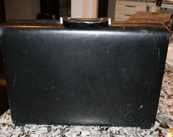 1992 Samsonite Black Leather Briefcase//Mesh Combination Lock on Sides//Laptop Briefcase//Vintage Briefcase