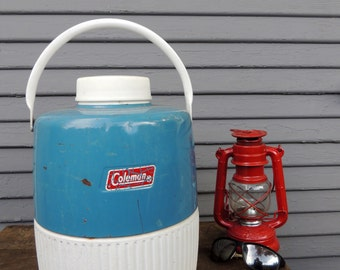 Vintage COLEMAN 2 Gallon Water Beverage COOLER Dispenser Jug Portable Insulated Drinking Container Camping Hiking