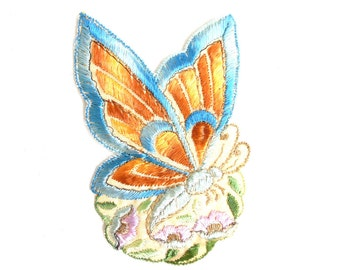 Applique, butterfly applique, 1930s vintage embroidered applique. Vintage floral patch, sewing supply. #645G116K26