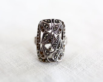 Vintage Silver and Marcasite Ivy Ring