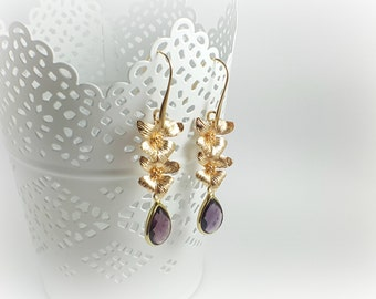 Flowers earrings 14 Karat Gold and glass beads