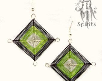 Dangle earrings/Wire Wrap/Boho/Hippie/Bohemian jewellery/Ojo de Dios/Gift Ideas for Her/women/flaky quirky colorful/Silver/handmade