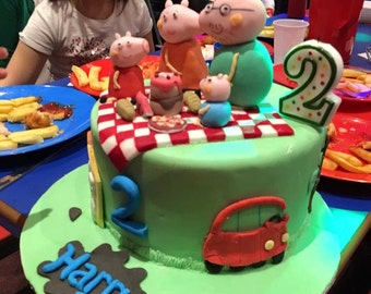 Handmade Fondant Cake Toppers of Peppa Pig and Family Picnic