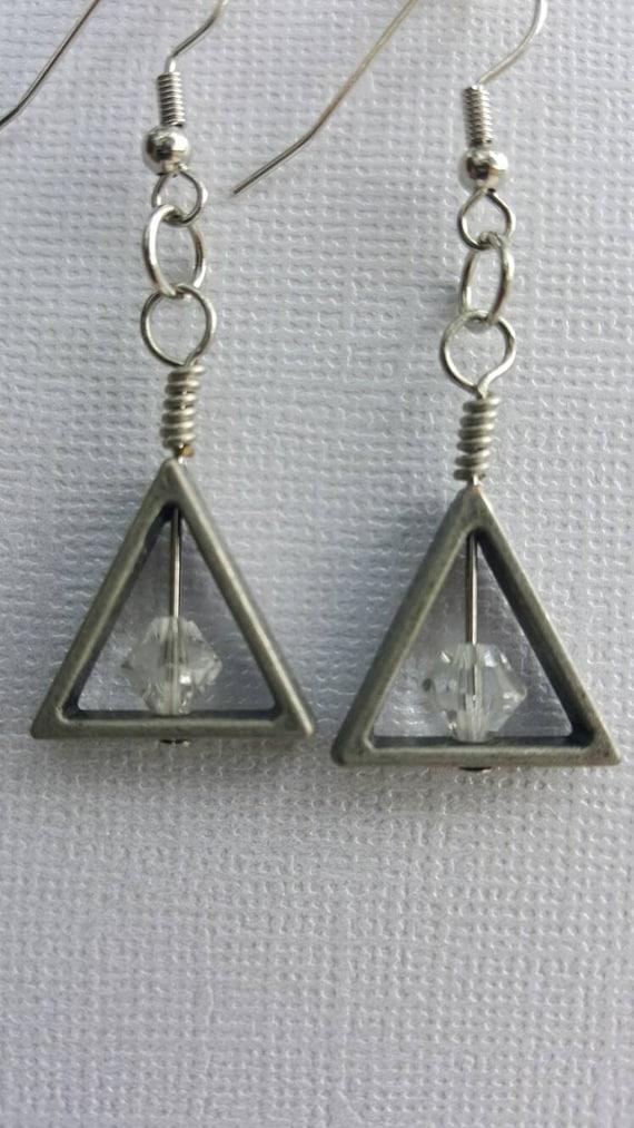 triangle swarovski dangle earrings drop earrings handmade. Black Bedroom Furniture Sets. Home Design Ideas