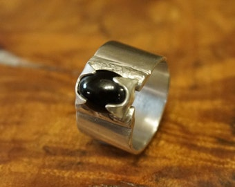 Black Onyx Sterling Silver Ring Size 7.5