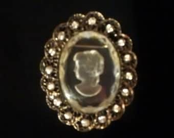 Unmarked Glass Cameo Brooch