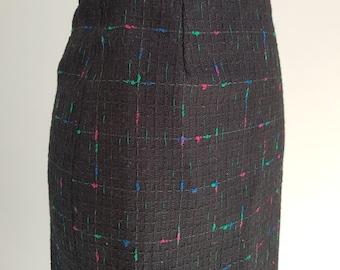 1980's Black wool blend pencil skirt