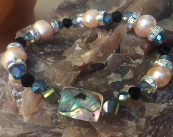 Fresh Water Pearl and Abalone Shell Bracelet