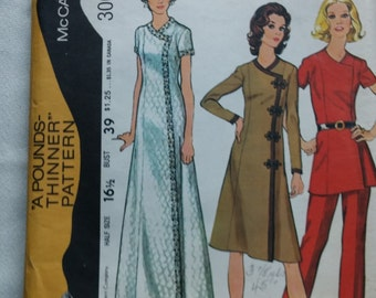 Mccalls 3061 Sewing Pattern - Dress, Tunic, and Pants  Size 16.5  Vintage 1971