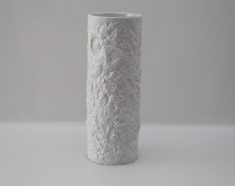 Bisque Porcelain vase by Kaiser - Fossile