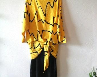 Vintage Black Gold Yellow Charlie Brown Silk Dress - Long Dolman Batwing Sleeve zig zag chevron midi 8 10 medium