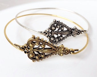 Cheeky & Charming-Victorian Brooch Two Bangle Set