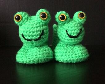 Crochet Frog Baby Booties! Froggy Booty!