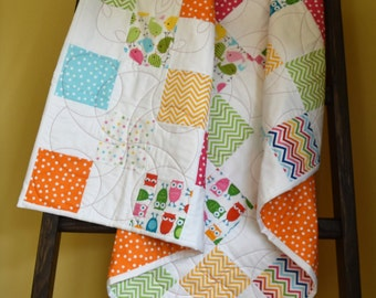 Owl Quilt - Owl blanket, baby bedding, nursery bedding, patchwork quilt, dots, chevron.