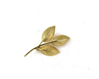 Vintage Leaf Brooch Gold Tone 3 Leaves Brooch