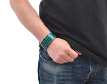 Mens Leather Bracelet / Leather Cuff Bracelet, Leather Wrap Bracelet / Green Leather Bracelet, Leather Wrist Cuff, Leather Wristband