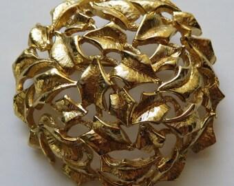 Vintage Monet Brooch Gold Tone Vintage Brooch Monet Pin Vintage Jewelry Monet Leaf Brooch Gold Tone Pin Costume Jewelry Brooch Vintage Pin