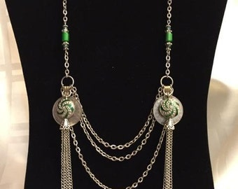 Chain and coin necklace in green