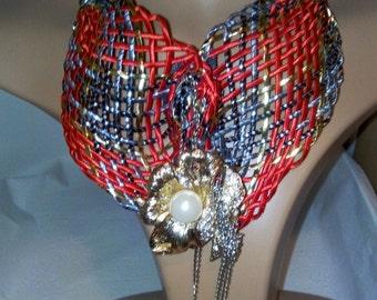 traditoinal neated multi colour, cordon necklace.
