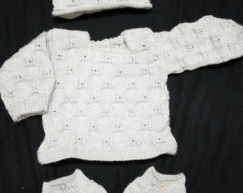Hand knitted set: hat, Cahqueta and Bootees in grey