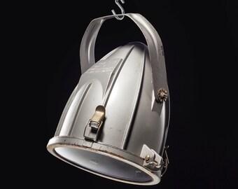 Industrial lighting, vintage industrial, lighting fixtures, Pendant lighting, Industrial furniture, Industrial decor, vintage lighting