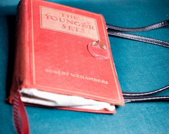 """Vintage Book Purse- """"The Younger Set"""""""