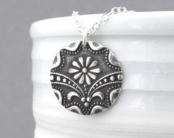 Art Deco Necklace Silver Necklace Pendant Daisy Charm Necklace Silver Pendant Necklace Simple Silver Jewelry Rustic Jewelry Bohemian Jewelry