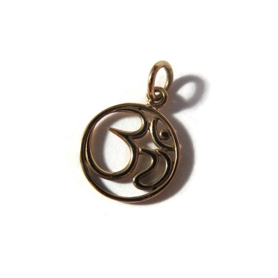 Gold Ohm Charm, Natural Bronze Om Symbol, Yoga Jewelry, Round Circle Pendant for Charm Necklace or Bracelet (CH 501b)