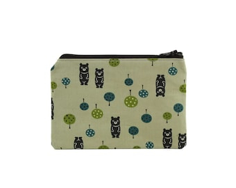 Bear Zipper Pouch / Cute Coin Purse / Camera Bag in Forest Bears on Green