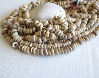 Natural coconut beads small rondelles discs spacer  - 2 to 4 mm  thick x  7 to 8mm  in diameter  / 12 inches strand  - 6A15-7