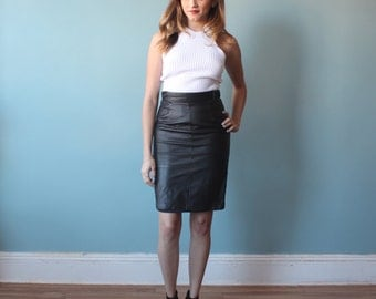 black leather skirt / leather pencil skirt / 1990s / small