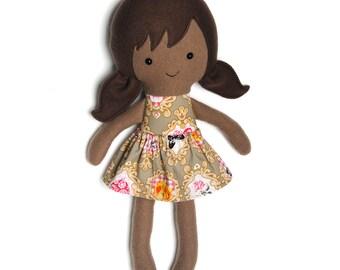 Rainbow rag doll / educatieve pop / bruine pop / tegen racisme / knuffelpop