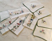 4 Placemats & Napkins Vintage 1930s Chinese Figural Embroidery on linen