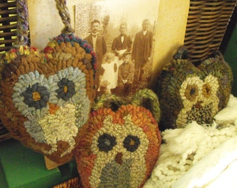 Owl Babies PAPER Pattern Set for rug hooking and punchneedle embroidery//heart shapes//ornaments