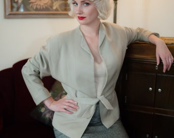 Vintage 1940s Jacket - Stylish Dove Grey Gabardine Tie Waist 40s Jacket with Angular Insets and Dolman Sleeves