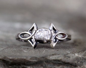 Celtic Knot Design Raw Diamond Ring  - Rustic Engagement Ring – April  Birthstone – Uncut Rough Diamond – Conflict Free Gemstone