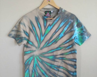 SMALL Blue and Green Spiral Tie Dye T-shirt. 100% cotton unisex tee