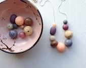skein necklace - vintage lucite