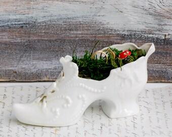Victorian SHOE Porcelain Ring Pillow White Glass Slipper Cinderella Wedding Fairy Tale