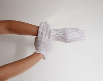 60 White Crochet Gloves - 9