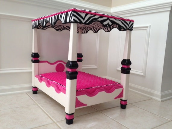 Pet Bed Four Poster Pink Black White With Zebra Print