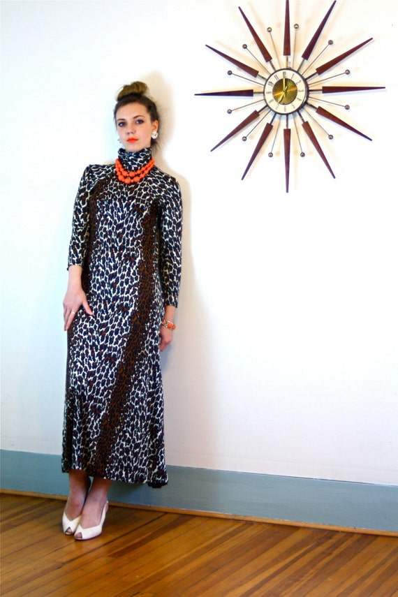 Leopard Print Maxi Dress/ Vintage 70s Loungewear Long Sleeve Turtleneck Cocktail Hostess Mod 1970s MAD MEN Ankle Length Animal Print Kaftan