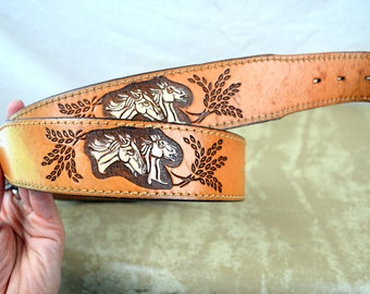 Vintage Mexican Horse Embroidered Tooled Leather Belt - Size 36