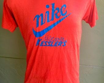 Nike 1980s genuine vintage tee shirt - red size large