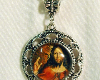 Christ pendant with chain - AP05-014