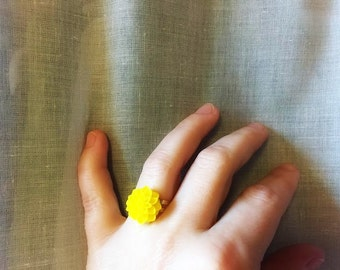 Ring - Adjustable - Yellow Flower - Spring - Happy