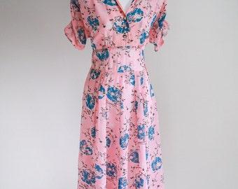 Beautiful Japanese Themed Crepe Rayon Dress - Size M - L